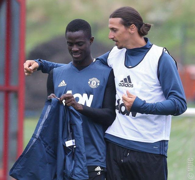Ibrahimovic sẽ là chỗ dựa tinh thần vững chắc cho các cầu thủ trẻ