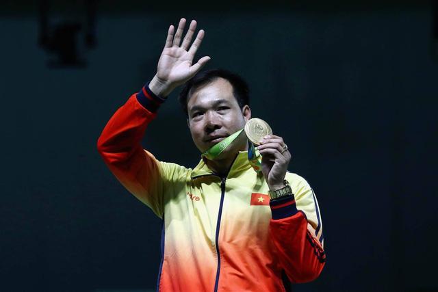 Hoàng Xuân Vinh đã đem về tấm huy chương vàng lịch sử cho Thể thao Việt Nam. Ảnh: Getty