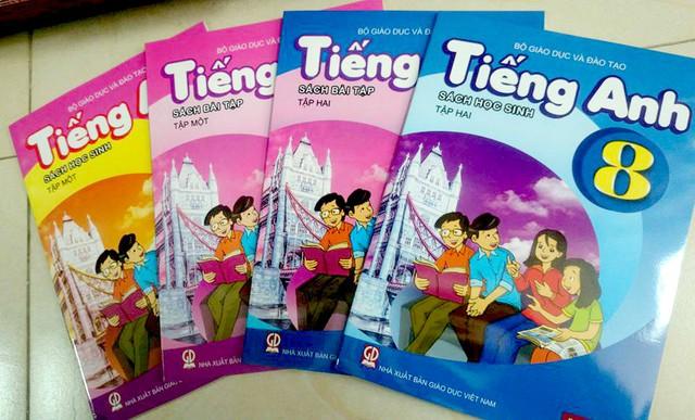 Bộ sách tiếng Anh dành cho học sinh theo chương trình mới được nhiều phụ huynh tìm mua