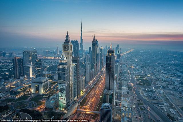 Dubai từ một sa mạc tù túng đã chuyển mình trở thành một trong những thành phố quyến rũ nhất thế giới.
