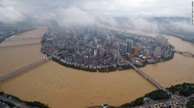 Hiện tại, Trung Quốc đang đối mặt với đợt lũ lụt tồi tệ nhất kể từ năm 1998.