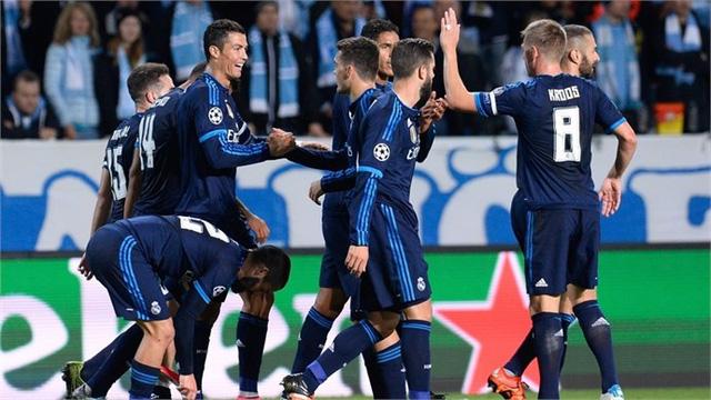 Ở lượt trận thứ 2, Ronaldo tiếp tục phong độ ấn tượng khi lập cú đúp giúp Real giành chiến thắng 2-0 trước Malmo trên sân khách.