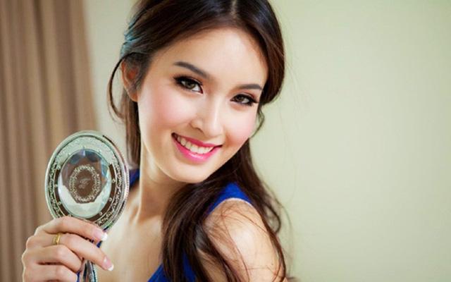 Sinh năm 1986, Nong Poy tên thật là Saknarin Marnyaporn. Từ khi còn rất nhỏ, Nong Poy đã ý thức được sự khác biệt của mình. Đến 17 tuổi, diễn viên Thái Lan quyết định phẫu thuật chuyển giới. Ngoại hình xinh đẹp đã giúp Nong Poy giành chiến thắng cuộc thi Miss Tiffany's và Miss International Queen 2004.