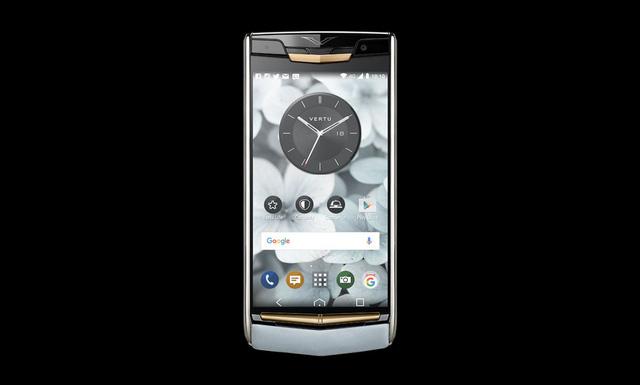 Vertu New Signature Touch phiên bản da bê Sky Blue tiếp tục chứng minh sự đắt đỏ của những điện thoại mang thương hiệu Vertu (Ảnh: Business Insider)
