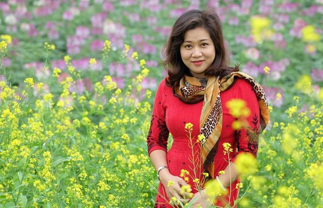 Một BTV khác của Bản tin 19h cũng rất được khán giả yêu mến là là BTV Hương Linh.
