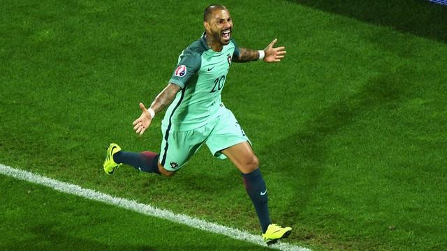 Quaresma đã ghi bàn thắng vàng cho Bồ Đào Nha...