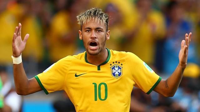 Neymar nhiều khả năng sẽ ở lại Barcelona vào mùa giải tới