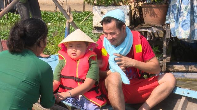 Vậy là cuộc hành trình tại Châu Đốc – An Giang đã kết thúc .Các cặp bố con tạm chia tay nhau để trở về bên gia đình thân thương với cuộc sống thường ngày.
