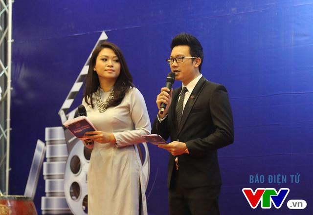 Hai MC tại buổi lễ