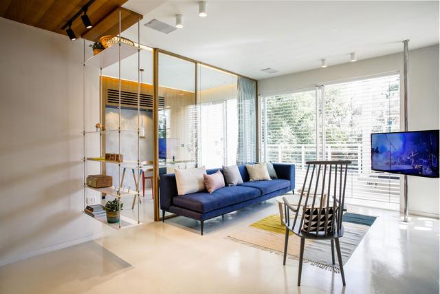 ...từ ghế sofa đến ghế thư giãn đều sử dụng những mẫu thiết kế thanh mảnh.