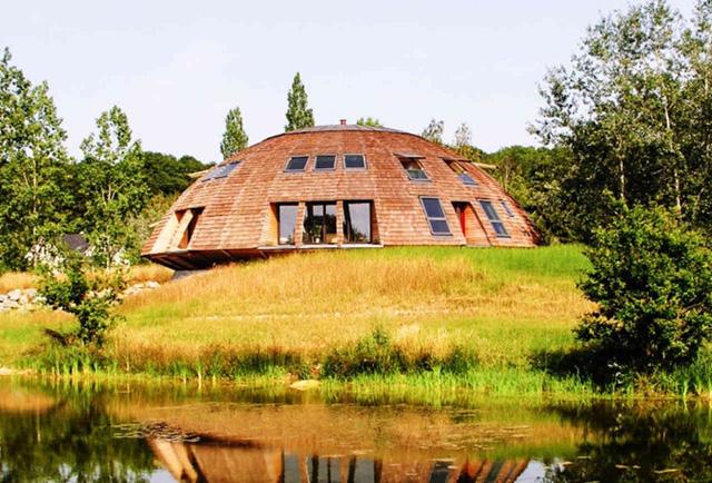Nhà mái vòm tại Pháp (Dome House)