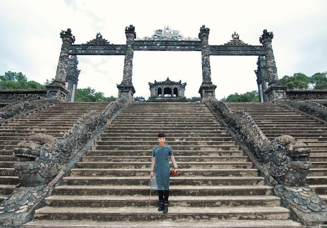 Nhiều cảnh đẹp Việt Nam sẽ được Hoàng Rob đưa vào MV