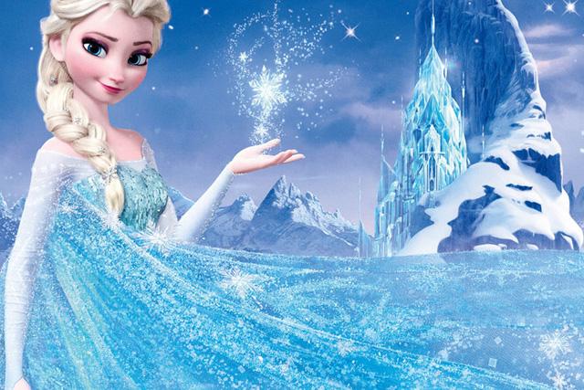 Nếu muốn trải nghiệm cảm giác sống trong lâu đài băng giá của nữ hoàng Elsa, du khách hoàn toàn có thể tới hang động băng núi Luyashan.