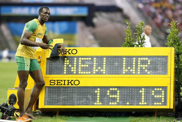 Usain Bolt thiết lập kỷ lục thế giới ở nội dung chạy 200m với thành tích 19 giây 19 vào năm 2009 (Ảnh: AP Photo/Anja Niedringhaus)