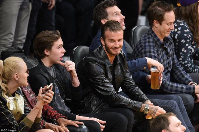 Ngôi sao bóng đá Anh, David Beckham cũng cũng có trong trận đấu chia tay Kobe Bryant