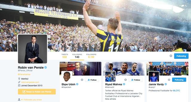 Van Persie theo dõi Mahrez và Vardy trên Twitter