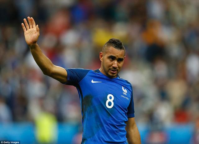 Payet rơi nước mắt sau bàn thắng ấn định tỷ số 2-1 cho ĐT Pháp