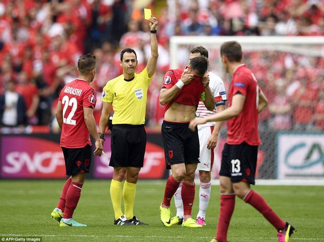 Albania là ĐT nhận nhiều thẻ phạt nhất sau vòng bảng EURO 2016. Ảnh: AFP/ Getty