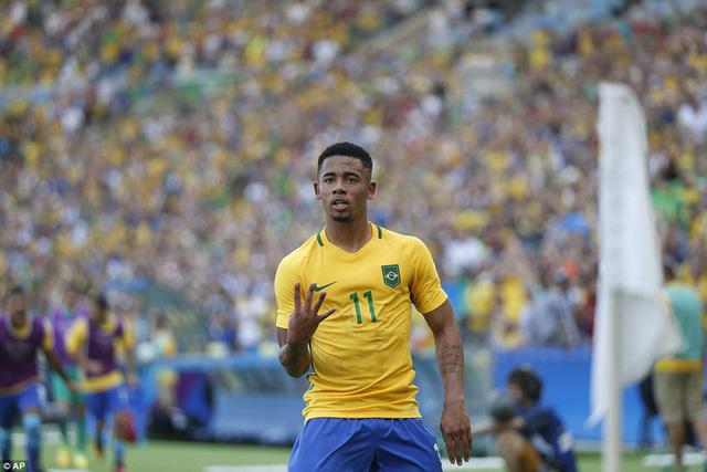 Cùng với Neymar, Gabriel Jesus cũng lập cú đúp trong trận bán kết. Ảnh: AP