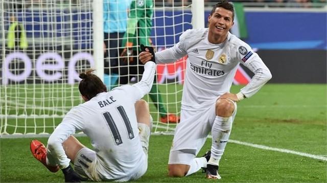 Làm khách trên sân của Shakhtar Donetsk, Ronaldo đã lập cú đúp giúp Real có chiến thắng sát nút 4-3.
