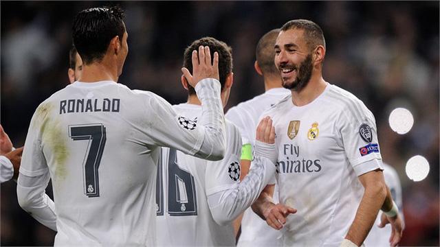 Ở lượt trận cuối cùng của vòng bảng, Real có chiến thắng 8-0 trước Malmo. Trong đó, Ronaldo ghi 4 bàn còn Benzema có 2 bàn.