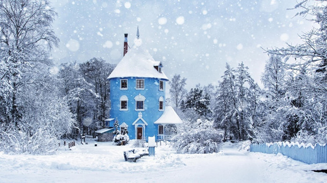 Tất cả những bộn bề của cuộc sống sẽ bốc hơi trong giây lát khi bạn vào một phòng tắm hơi truyền thống ở Phần Lan. Mặc dù dân số ít ỏi - chỉ 5,2 triệu người, nhưng Phần Lan có tới 3,3 triệu phòng tắm hơi, có thể tìm thấy ở hầu khắp mọi nơi, từ bờ hồ cho tới các tòa nhà văn phòng.