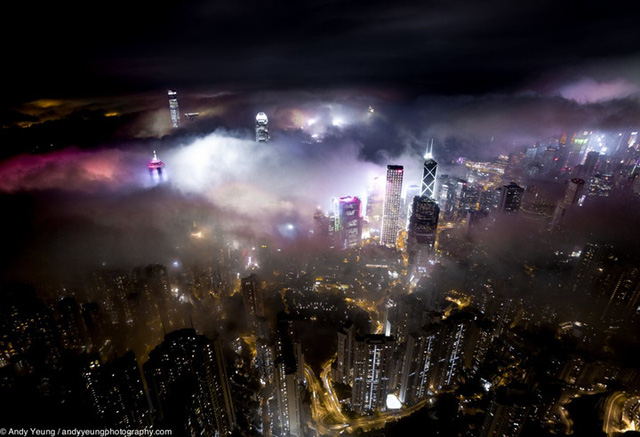 Sử dụng flycam, Andy chụp được cả những tòa nhà cao nhất ở Hong Kong.