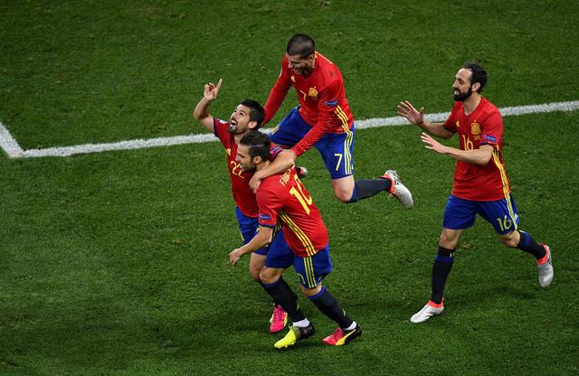 Tây Ban Nha quá mạnh so với Thổ nhĩ Kỳ. Ảnh: UEFA
