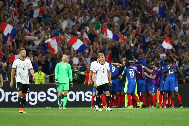 ĐT Đức (áo trắng) đã phải dừng bước tại bán kết EURO 2016 trước chủ nhà Pháp. Ảnh: UEFA