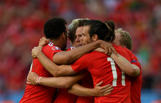 EURO 2016 chứng kiến những bất ngờ thú vị từ những tân binh như xứ Wales. Ảnh: UEFA