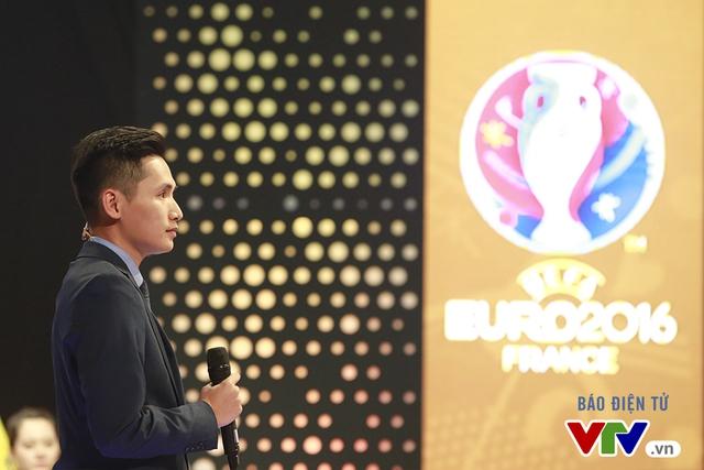 Toàn bộ các trận đấu tại EURO 2016 sẽ được phát sóng TRỰC TIẾP và hoàn toàn MIỄN PHÍ trên các kênh sóng quảng bá của Đài THVN - VTV3 & VTV3HD; VTV6 & VTV6HD.