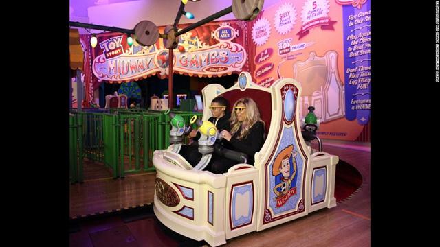 Disneys Hollywood Studios, Florida, Mỹ với nhiều trò chơi hấp dẫn.