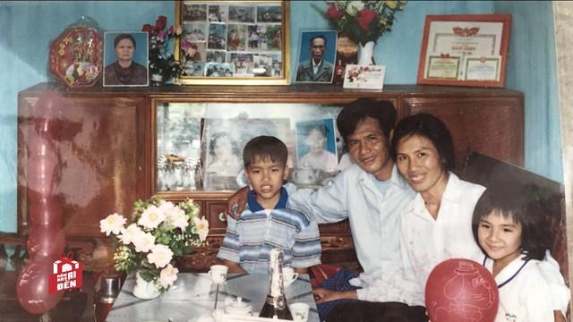 Hình ảnh gia đình hạnh phúc của chị Mịn khi xưa.