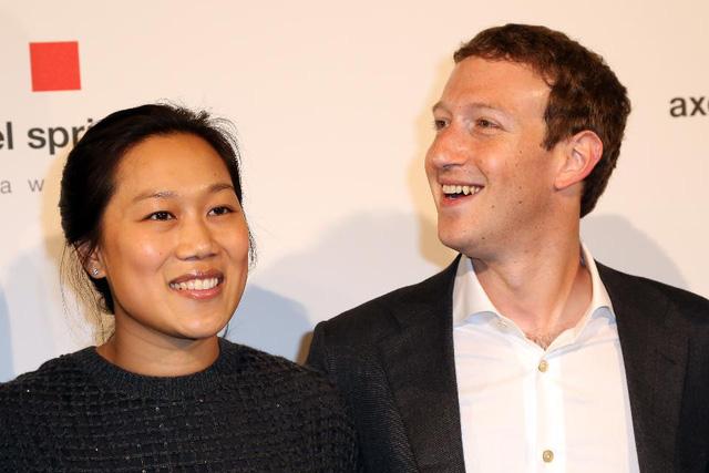 Mark Zuckerberg và vợ Priscilla Chan (Ảnh: Forbes)