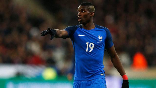 Pogba trong màu áo ĐT Pháp tại EURO 2016