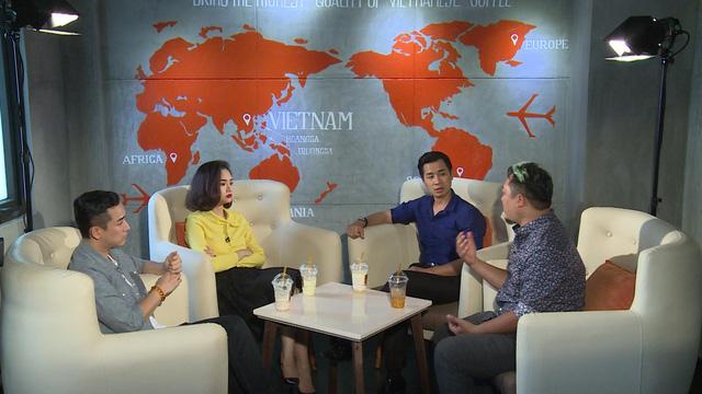 Ca sĩ Miu Lê, Hứa Vỹ Văn và đạo diễn Phan Gia Nhật Linh trò chuyện cùng MC Nguyên Khang trong chương trình.