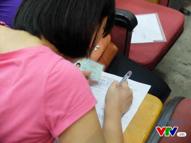 Đến 17h chiều 12/8 đã có hơn 394.000 thí sinh đăng ký xét tuyển, trên tổng số 404.000 thí sinh đạt ngưỡng điểm sàn, đạt tỷ lệ hơn 97%