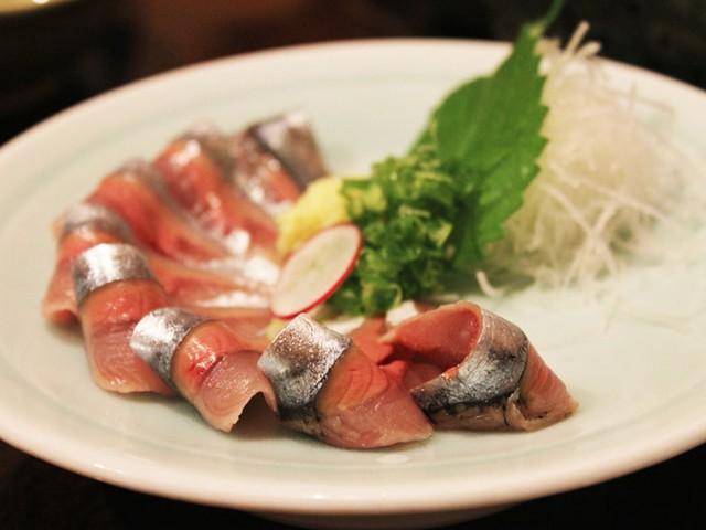 Là một cảng biển, Hakodate nổi tiếng với những loại hải sản vô cùng tươi ngon.