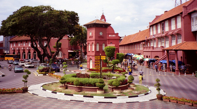 Là cố đô, thành phố cổ xưa nhất của Malaysia, Malacca từng là nơi tụ họp sầm uất của các thương nhân đến từ nhiều quốc gia. Ảnh: youtube.