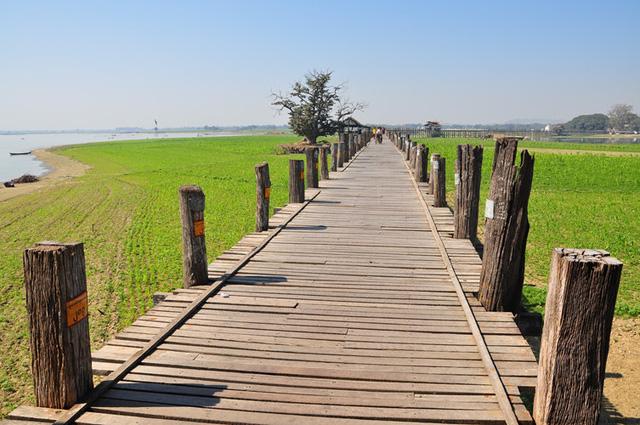 Nhưng về cơ bản, cây cầu vẫn giữ được kiến trúc nguyên vẹn so với ban đầu. Ảnh: wikimedia.