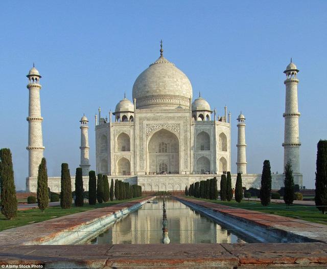 Đền Taj Mahal là biểu tượng tình yêu của người Ấn Độ qua ống kính của nhiếp ảnh gia