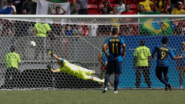 Anthony Lozano mở tỉ số cho Honduras
