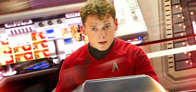 Anton Yelchin trong Star Trek: Into The Darkness (2011)