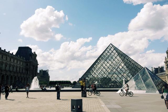 Bảo tàng Lourve tại Thủ đô Paris (Ảnh: VTVNews)