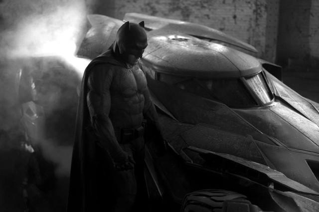 Ben Affleck trong vai Batman (Ảnh: CGV)