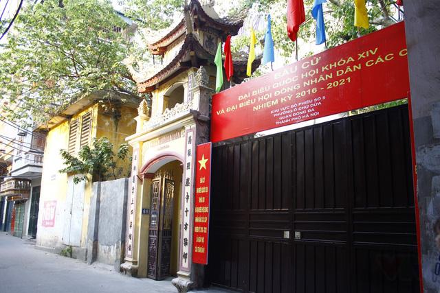 Đơn vị bầu cử số 5 đặt tại chùa Thanh Nhàn, phường Ô Chợ Dừa.