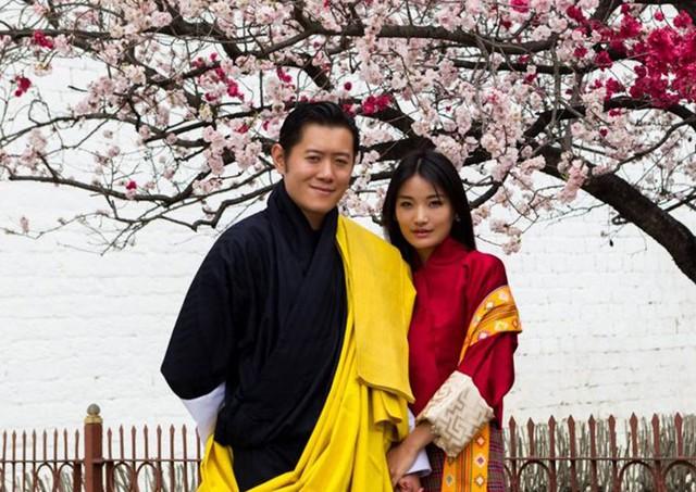 Cặp đôi Hoàng gia của đất nước Bhutan. Ảnh: Jetset Times)