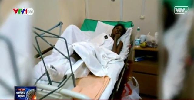 mặc dù bị thương nặng những Blessing Osakwe chỉ được nằm viện 2 ngày vì không có tiền.