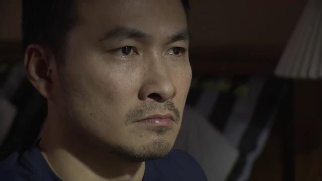 Mạnh Hào bị Giang uy hiếp.
