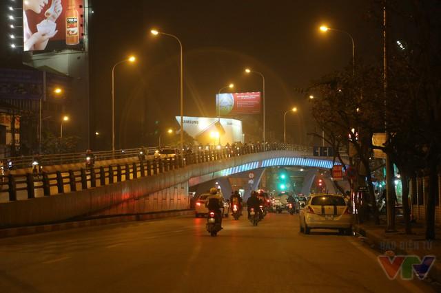 Cầu vượt tại nút giao Trần Khát Chân - Đại Cồ Việt (nút giao với phố Huế - Bạch Mai) thông xe năm 2013.